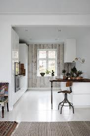 wohnideen minimalistische bar weiße küche kleine bar minimalismus in der küche wohnidee