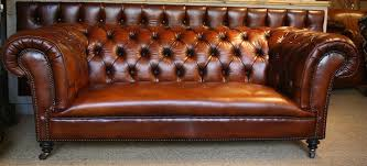 English Iconic Leather Chesterfield Leather Settee Victorian - Leather chairs and sofas