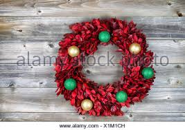 top view of wreath consisting of real tree leaves and