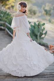 spanish bridal fashion with mexican wedding inspiration papel