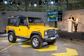 old land rover defender 2016 the last classic land rover defender 31 egmcartech