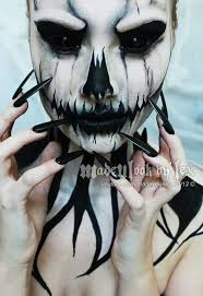 Halloween Scary Costumes 25 Scary Face Paint Ideas Gore