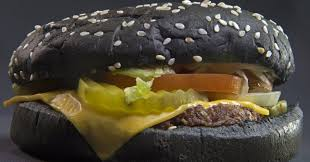 bk halloween whopper burger king u0027s halloween black whopper is causing green huffpost