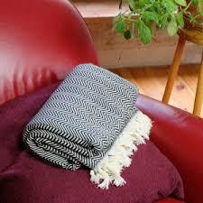 plaid noir canapé plaid pour canapé