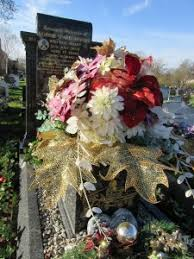 Cemetery Christmas Decorations Christmas Grave Decorations Plant Lore