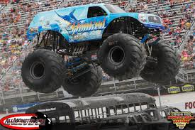 monster truck jam st louis st louis missouri monster jam january 31 2015 hooked
