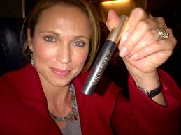 how to cut your hair like amy robach what beauty product is amy robach obsessed with