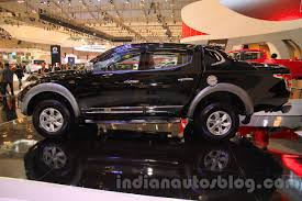 mitsubishi indonesia 2016 mitsubishi triton exceed black side at the gaikindo indonesia