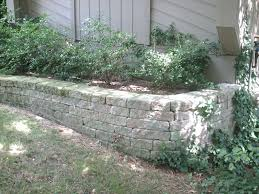 Unilock Retaining Wall Landscape Design Guru How To Build A Retaining Wall In Michigan