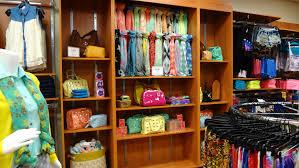 wholesale merchandise discount retail store services