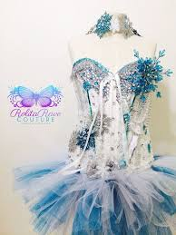Ice Queen Halloween Costume Ideas 150 Snow Queen Images Costumes Snow Queen