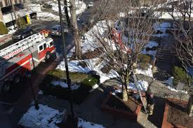 How To Dispose Of An American Flag When Torn In Storm U0027s Wake New Canaan Firefighters Step In To Remove Ripped