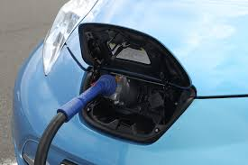 nissan leaf charging options nissan ez charge card to let leafs recharge on four networks