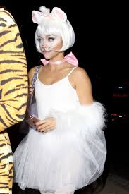 25 best celebrity halloween costumes ideas on pinterest best