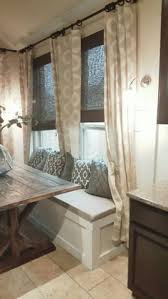 Dining Room Booth Seating by Diy Banquette Seat Stencil Art Stenciling And Room