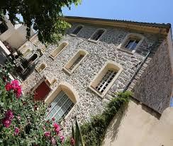 chambre d hote dans le var bastide château montagne au coeur du vignoble à pierrefeu du var