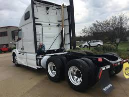 volvo 2013 truck 2013 volvo vnl64t670 tandem axle sleeper for sale 1197
