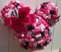 Centerpieces For Minnie Mouse Party by 382 Best Minie Party Images On Pinterest Mickey Party Birthday