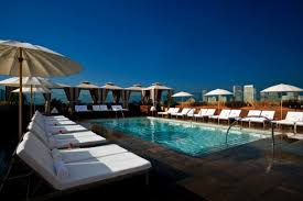 Great Pool Best Hotel Pools In La These Pools Are An Art Form Photos
