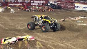 youtube monster trucks racing monster jam max d freestyle in orlando fl jan 26 2013 youtube