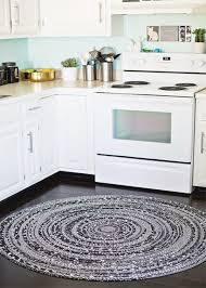 Black And White Checkered Kitchen Rug Beautiful Round Kitchen Rugs Black And White Round Braided Rug For
