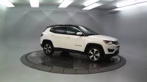 jeep compass white dj8007 2018 jeep compass latitude white clearcoat lou fusz