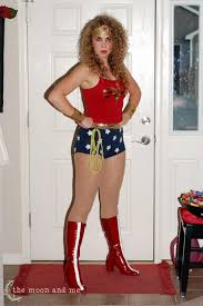 when i was a kid i looooooved wonder woman i mean who didn u0027t