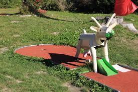mini golf leisure park