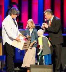st jude gifts grand ole opry celebrates country cares for st jude kids grand
