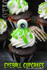 Halloween Cakes Easy To Make by 174 Best Halloween Cupcakes Images On Pinterest Halloween