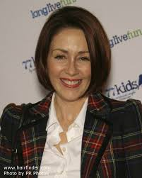 bob hairstyles for 50 year olds 50 year old patricia heaton s chin length bob haircut