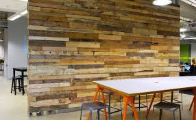 interior walls made out of reclaimed wood can look amazing