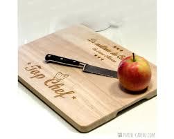 planche à découper cuisine planche à découper personnalisée gravure prénom sur planche de