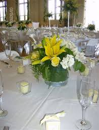 Vases With Flowers And Floating Candles Chico Wedding Rentals Wedding Centerpieces Orland Ca