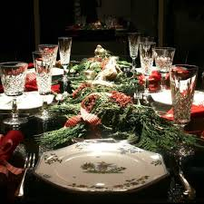 Christmas Ideas For Dining Room Table by 50 Stunning Christmas Table Settings U2014 Style Estate