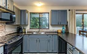 how to paint formica kitchen cabinets kitchen cabinets formica refacing kitchen cabinets with laminate do
