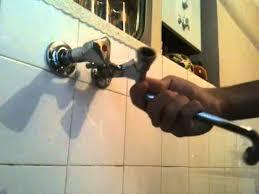 comment changer un robinet de cuisine changer un joint de robinet astuce plomberie conseil bricolage