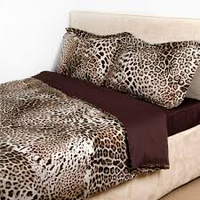 Chocolate Bed Linen - discover the roberto cavalli bravo duvet set 001 king at amara