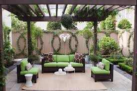 Glass Patio Fencing Espalier Passion Vine Patio Transitional With Fence Vines Frosted