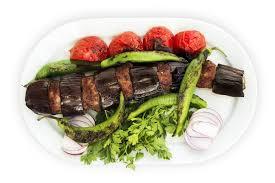 cuisine fond blanc chiche kebab d aubergine sur un fond blanc image stock image du