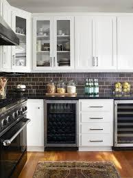 Brown Subway Tile Kitchen Design Ideas - Brown subway tile backsplash