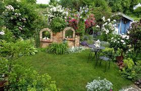 Gartensitzplatz Selber Bauen Kleiner Garten Unzählige Gestaltungsmöglichkeiten