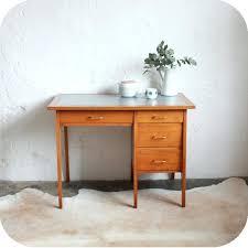 petit bureau ancien petit bureau bois vintage mal socialfuzz me