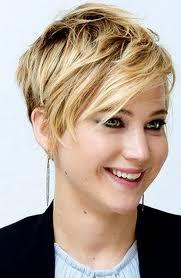 coupe femme cheveux courts photos de coupes de cheveux courtes coiffure