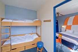 Explorers Hotel At Disneyland Paris Reviews Photos  Rates - Family room paris hotel
