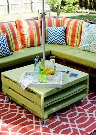 How To Make A Table Out Of Pallets How To Make Cool Stuff Out Of Wooden Pallets Mnn Mother Nature