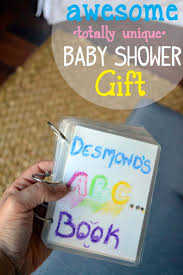 awesome baby shower gifts awesome sentimental baby shower gift craft miss momma