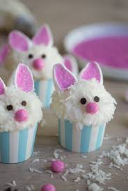 roundup of the best easter and springtime cakes tutorials and