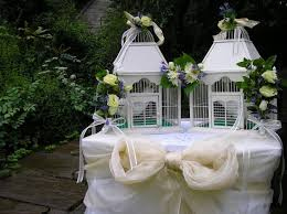 Decorative Bird Cages For Centerpieces by 354 Best Bird Cage Images On Pinterest Bird Houses Birdcage