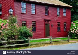 saltbox style home saltbox stock photos u0026 saltbox stock images alamy